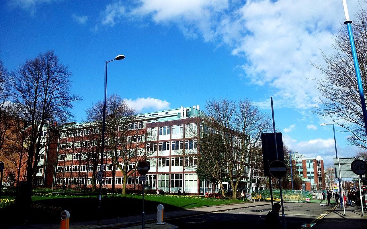 Elementary school building